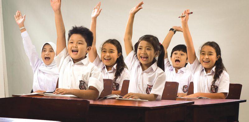Anak-sekolah-belajar-di-kelas - 1